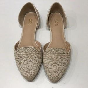 Wicker detail pointed flats